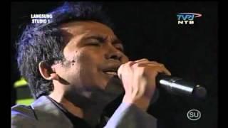 AYAH (RINTO HARAHAP) TEMBANG KENANGAN - HARMONY BAND LOMBOK