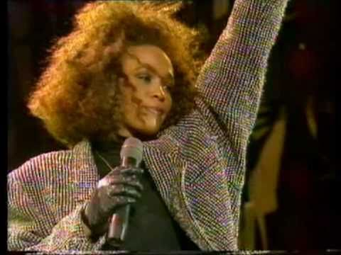 WHITNEY HOUSTON 'I Wanna Dance With Somebody' LIVE Wembley Stadium 1988