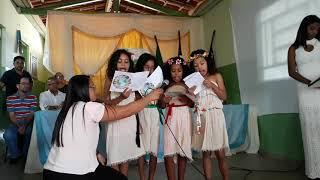 Apresentação de alunas da Escola M. Antônio Machado Ribeiro no lançamento do jornal Eco Kids