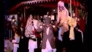 Aaj Mere Yaar Ki Shaadi Hai  Aadmi Sadak Ka 1977