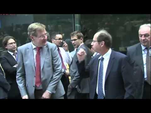 Πλάνα από την έναρξη του Eurogroup