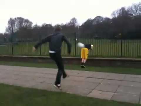 Funny Fail  Ball Owns Kid (видео)