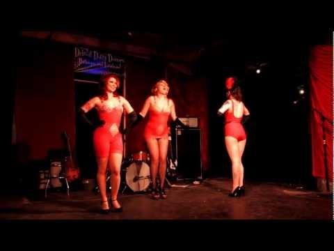Dizzy Dames -Girly Girdles!