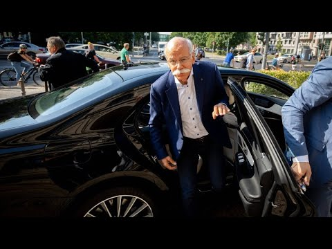 Bundesregierung ordnet an: Daimler soll 238.000 Fahrz ...