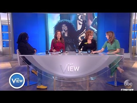 Panel Chats 'Cher Billboards' - The View