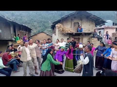 Video Jonsari jainta dance in village KAKARI video recording by balveer Singh bisht download in MP3, 3GP, MP4, WEBM, AVI, FLV January 2017