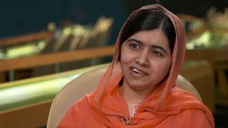 Video Malala Yousafzai on Trump's travel ban, college plans MP3, 3GP, MP4, WEBM, AVI, FLV Mei 2018
