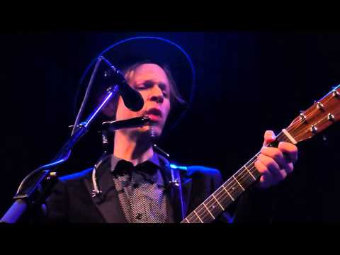 Watch Beck Perform 'Song Reader' Tracks 