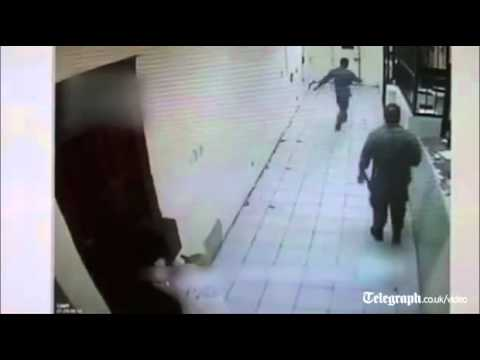 Video Prisoners open fire on rival drug gang in Mexico jail download in MP3, 3GP, MP4, WEBM, AVI, FLV January 2017