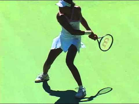 Venus Williams - Quick backhand shot