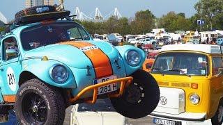 Am 1. Mai 2017 wurde es auf den Parkplätzen des Messegeländes in Hannover wieder bunt. Tausende restaurierte oder original erhaltene luftgekühlte VW-Oldtimer, darunter Käfer, Bullis (T1 , T2 und T3), VW Typ 3/4 und der Karmann-Ghia Typ 14, versammelten sich wieder zum jährlichen Mai-Käfer-Treffen.*Weitere Oldtimer-Videos:*LKW-Oldtimer Konvoi passiert das Hanomag-Werkstor: https://youtu.be/ZrpNDAlC0tw60 Jahre VW Bulli in Hannover: https://youtu.be/aWxzwRG-46kAbonnieren: https://www.youtube.com/channel/UCrCLYgLx7x52o0Otv-8BZpg?sub_confirmation=1Facebook: https://www.facebook.com/HD1080ideTwitter: www.twitter.com/HD1080ide
