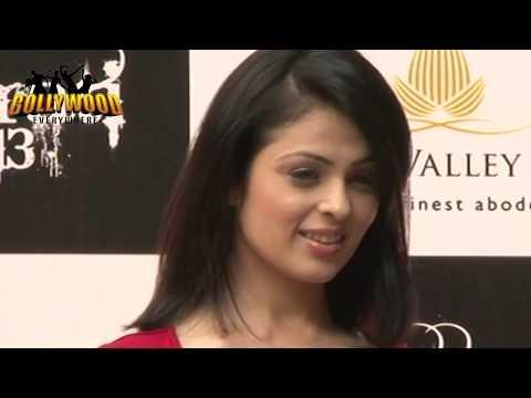 Anjana Sukhani's  NIP SLIP moments