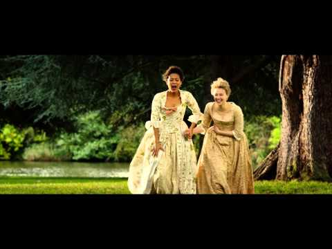 Belle (Featurette 'The Cast')