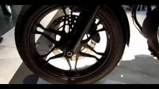 3. 2014 Moto Guzzi V7 Stone Walkaround