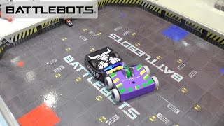 We take a look at the new Battlebot toys from Hexbug:MinotaurBetaTomebstoneWitch DoctorThan put them head to head in this Battlebot Episode of toy battles