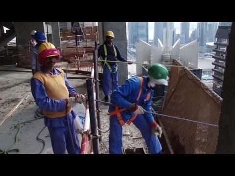 Fußball-WM 2022: Sklaverei auf WM-Baustellen in Katar ...