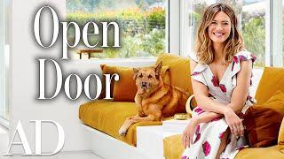 Video Inside Mandy Moore's $2.6 Million Mid-century Home in Pasadena | Open Door MP3, 3GP, MP4, WEBM, AVI, FLV Juni 2018