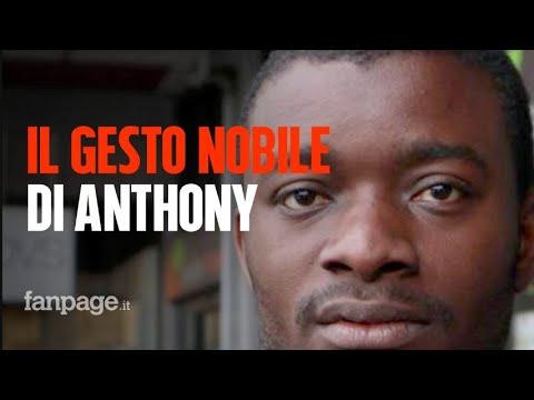 Il gesto nobile di Anthony, il migrante che ha trovato un portafogli con 150 euro e lo ha restituito
