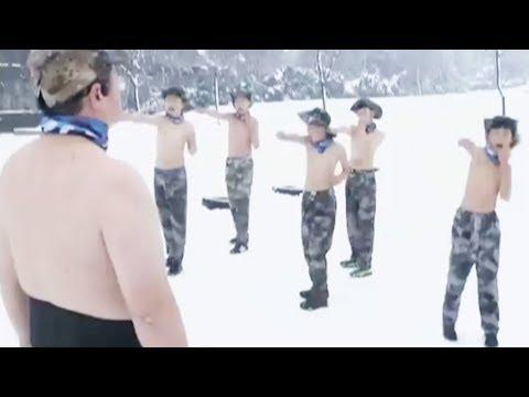 العرب اليوم - شاهد : «النسر أبى» يثير الجدل فى الصين بتدريب 13 طفلا وسط الجليد