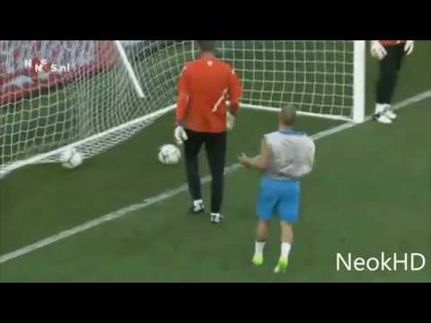 Wesley Sneijder gól edzésen