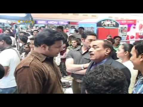 Video Rowdy Rathore Film Promotion On Sets of CID Tv Show download in MP3, 3GP, MP4, WEBM, AVI, FLV January 2017