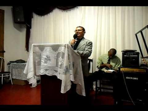 Pbt. João Orlando pregando em Populina Part.1