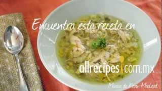 Cómo hacer sopa de pollo y poro