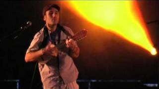 Download Lagu KE ONDA - EL MUNDO DE MAFALDA en vivo (Grenoble 2010) Mp3