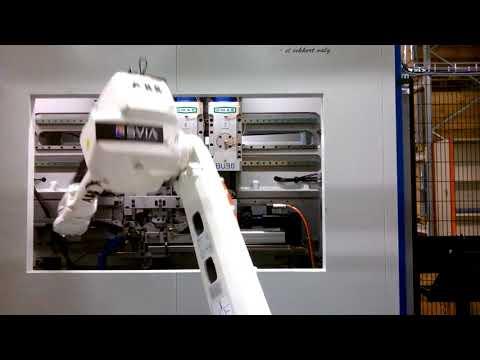 Linia do gięcia obejm – OMAS BBX9B 50 Ton plus robot ABB