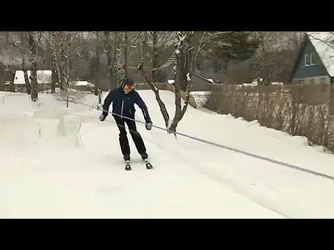 Ο 15χρονος που έφτιαξε πίστα σκι στην αυλή του