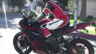 9. Sexy YAMAHA R6 and it's RIDER on the Street