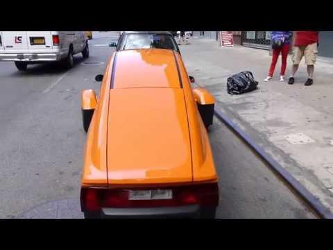 The $6,800, 84-mpg Elio in Manhattan
