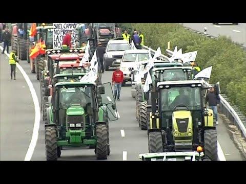 Στους δρόμους οι αγρότες κατά της υποτίμησης των προϊόντων τους…
