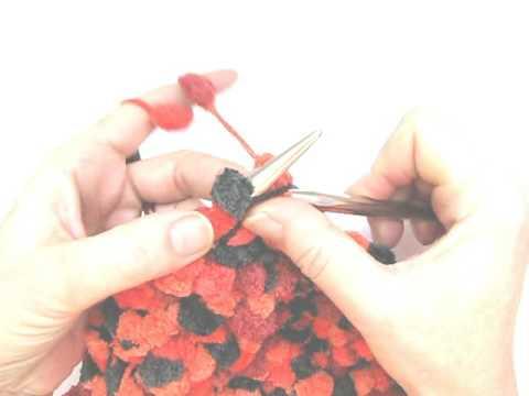 Stricken lernen * Möbiuskragen mit Pomponwolle Spirit von Gruendl