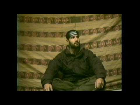 """FOUR LIONS [Red Band Clip] - """"Bomb Warehouse"""""""