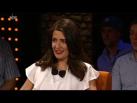 "Linda Zervakis macht bei ""3nach9"" den Ouzo Test"