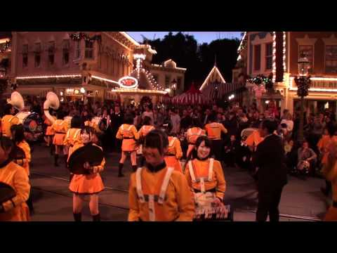 HS - From Kyoto, Japan, The Kyoto Tachibana Senior High School Green Band marching down Main Street U.S.A inside Disneyland on Thursday, December 29th 2011. They ...