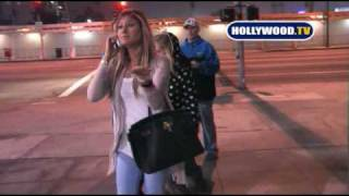 Avril Lavigne Gets Chased by Crazed Fan