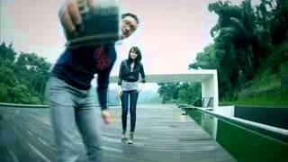 Download Lagu Dygta Gelisah aku menanti mu  avi   YouTube1 Mp3
