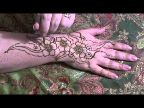 Henna Organic Flowers and Leaves Design