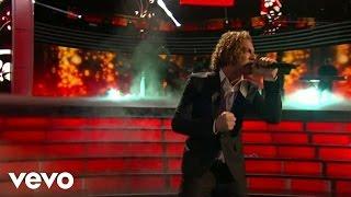 Y Si Fuera Ella (Live From Premios Lo Nuestro / 2013)