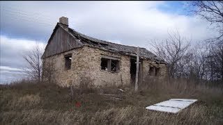 Edgerton (WI) United States  City new picture : Old Abandoned Home