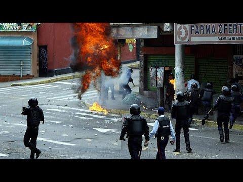 Στα άκρα η κατάσταση στη Βενεζουέλα