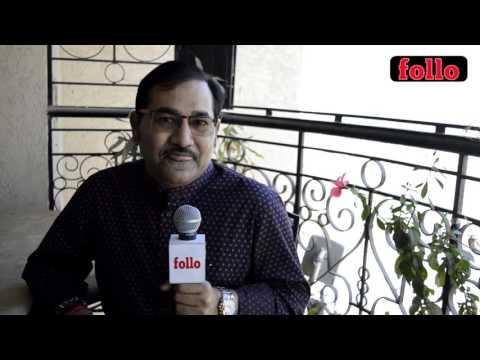 Sudesh Bhosle Croons A Tune!