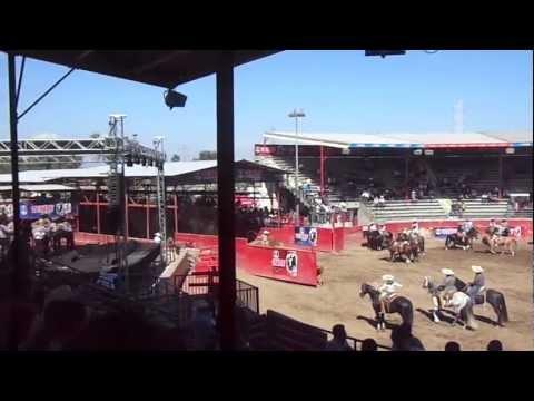 sabado de gloria pico rivera sports arena en la coleadera 2013