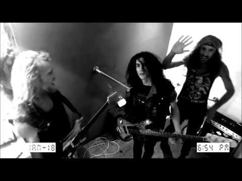Thrash Like a MotherFucker (Watch Me Now!) - Bloody Rascals ft. The FingerBangers
