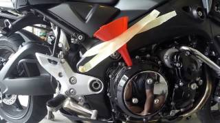 10. Motorcycle oil and filter change (Suzuki BKing)