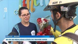 Policial viaja 60km de bicicleta para entregar buquê de flores e homenagear a namorada