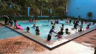 Kolam renang sekolah
