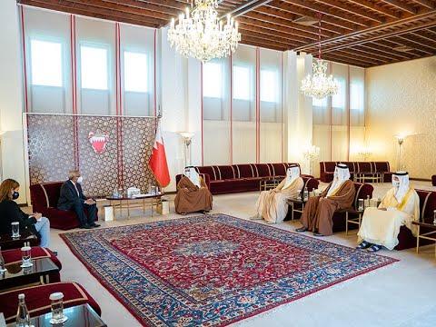 سمو ولي العهد رئيس مجلس الوزراء يلتقي سعادة السيد ياسر شعبان سفير جمهورية مصر العربية
